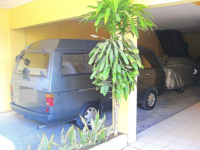 VAA Homes Las Pinas near Perpetual 3-bedroom bungalow for rent - 8