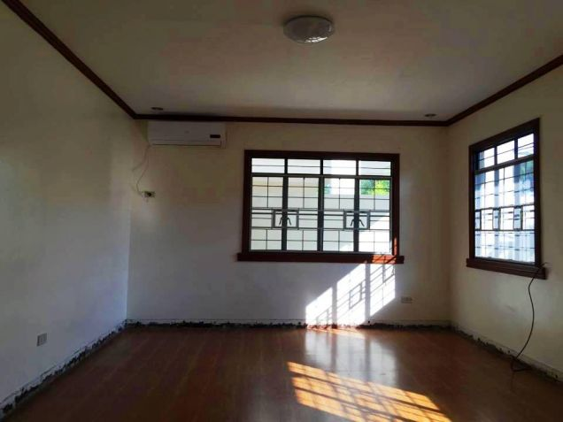 Bungalow House and Lot for Rent in Hensonville, Angeles City - 2