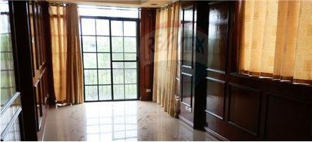 Detached - For Rent/Lease - Taguig City, Metro Manila, NCR - 0