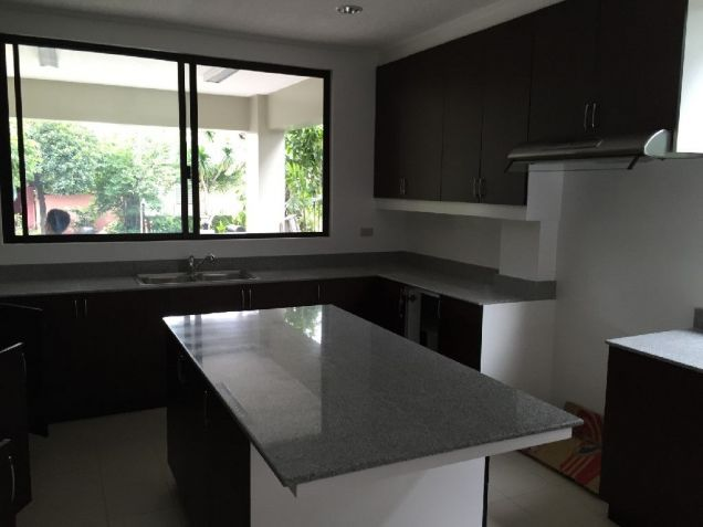 Renovated Makati House for Rent 270K - 3