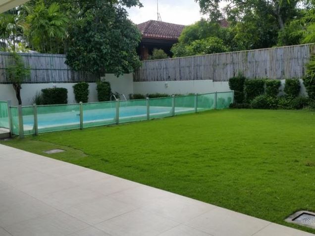 Modern Ayala Alabang House For Rent - 0