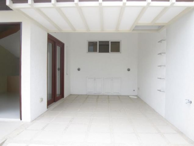 4 Bedroom Townhouse For Rent in Friendship - 2