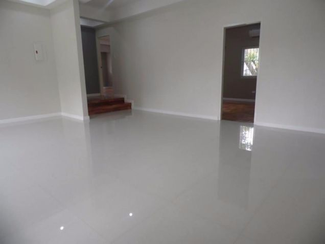 Bungalow House With Big Yard In Angeles City For Rent - 2