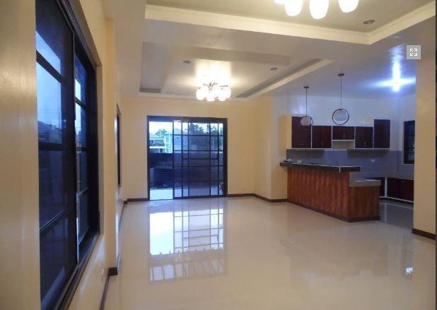 4 bedrooms for rent in Hensonville Angeles City - 50K - 1