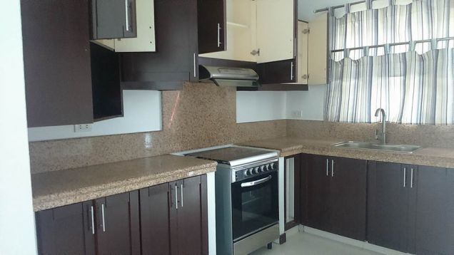 House and Lot for rent with 3BR in Angeles City - 40K - 8