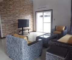 Modern House with Bathrooms in each Bedroom for rent - P65K - 6