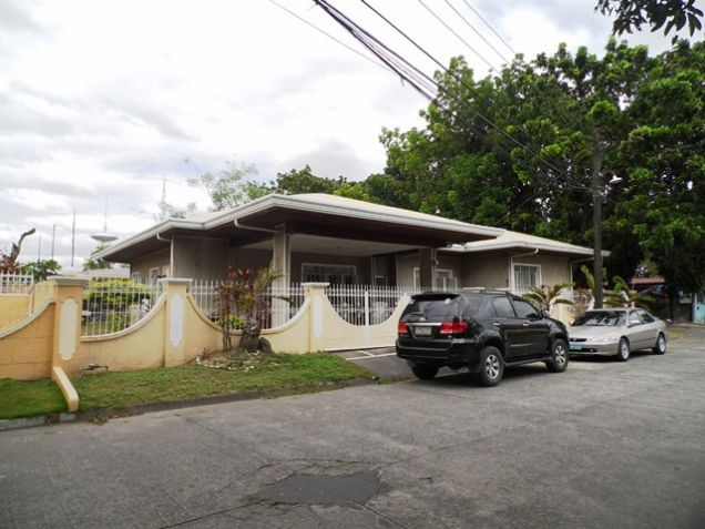 Bungalow House with Spacious yard in Friendship For Rent - @P28K - 0