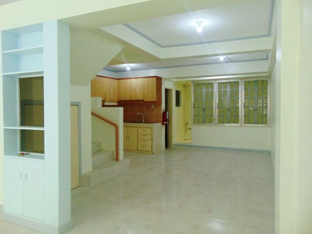 Apartment for rent in Mabolo Cebu City with 4 Bedrooms Unfurnished - 0