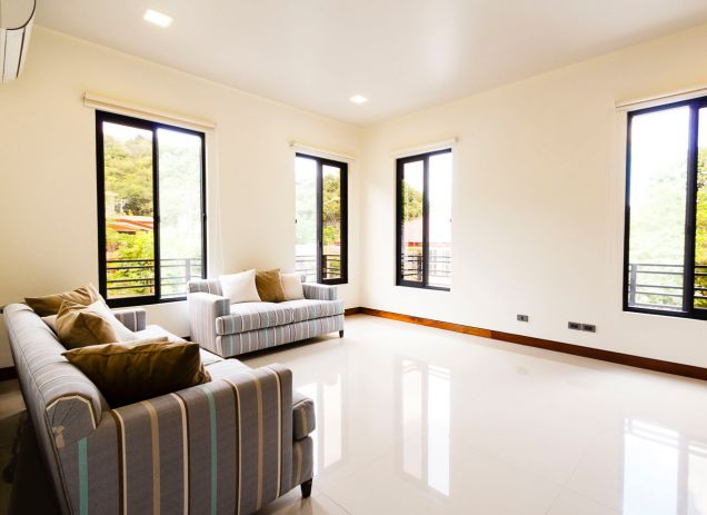Brand New 5 Bedroom House for Rent in Maria Luisa Park - 1