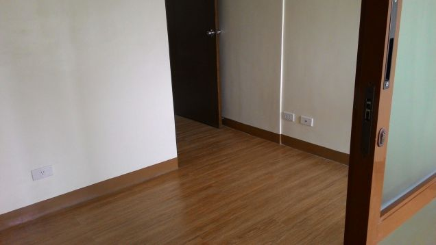 Condo in Mandaluyong near Ortigas 1Bedroom Term payment available RFO - 2