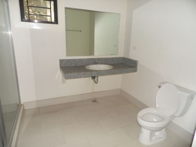 3 Bedrooms Located near koreantown for rent - 45K - 7