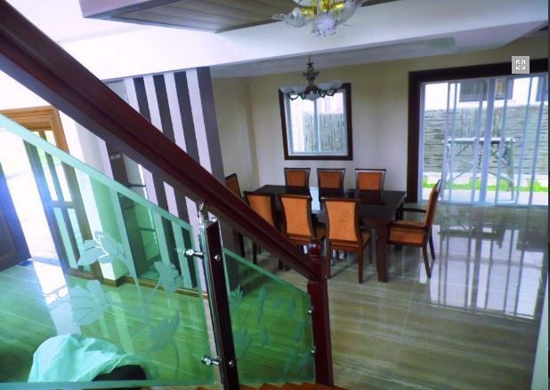 Modern House with swimming pool for rent in Hensonville - 80K - 6
