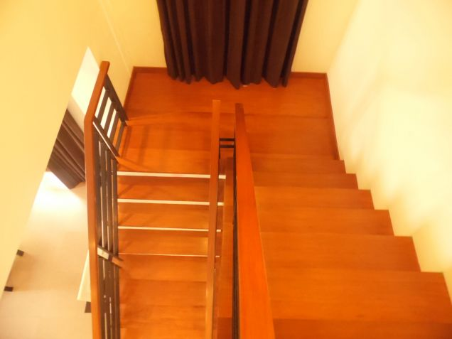 Unfurnished House With 5 Bedroom In Angeles City For Rent - 1