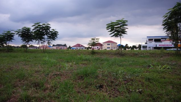 For Lease 1,574sqm Prime Commercial Lot located at Versailles - 0