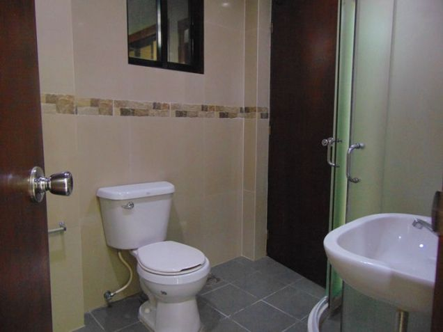 5 Bedroom Semi Furnished House for Rent in Guadalupe, Cebu City - 4