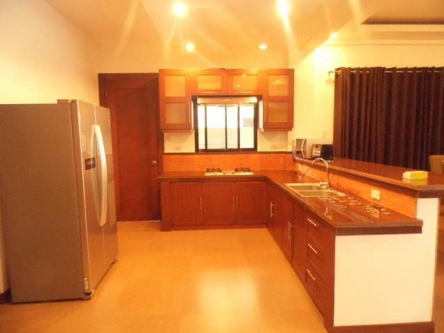 5 Bedroom House In Angeles City For Rent - 2