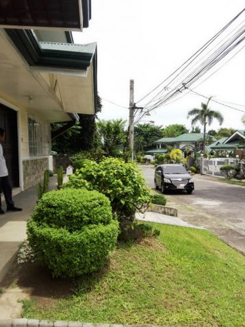 6Bedroom House & Lot For RENT In Friendship,Angeles City. - 3