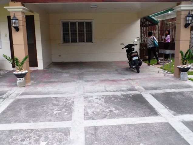 W/Huge Yard House & Lot For Rent In Friendship Angeles City near to CLARK FREE PORT ZONE - 7