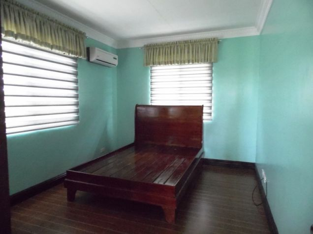 4 Bedroom Semi-furnished House and Lot for Rent in Angeles City - 7