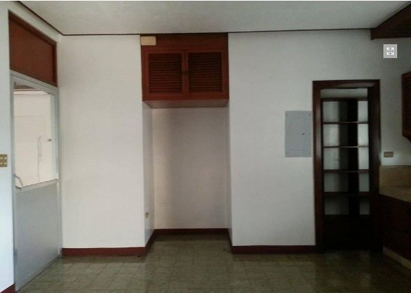 Spacious Bungalow House for rent in Friendship - 40K - 1