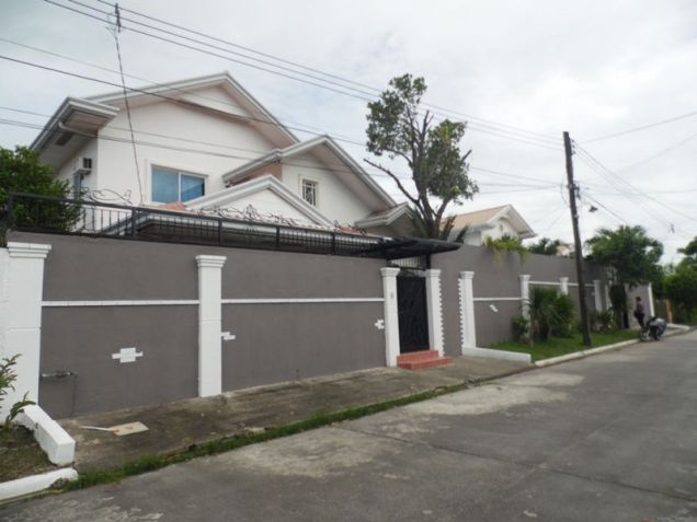 6 Bedroom House with swimming pool for rent - 80K - 2