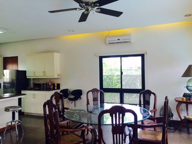 3 Bedroom Furnished Bungalow House In Angeles City For Rent With Pool - 1