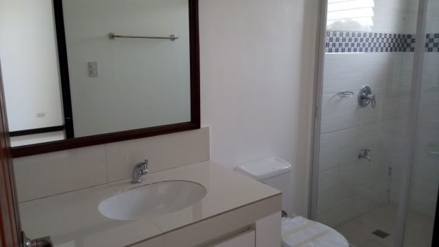 2 Bedroom Town House for Rent in Angeles City - 5