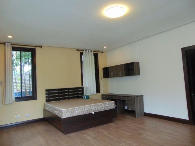 4 Bedrooms Nice House with Swimming Pool for Rent in Banilad, Cebu City - 4