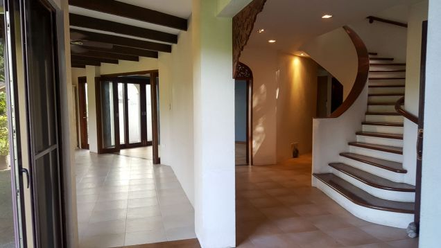 Spacious 4 Bedroom House for Rent in Maria Luisa Estate Park - 8