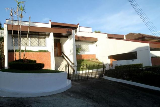 House for Rent in Lahug, Cebu City 3 Bedrooms - 4