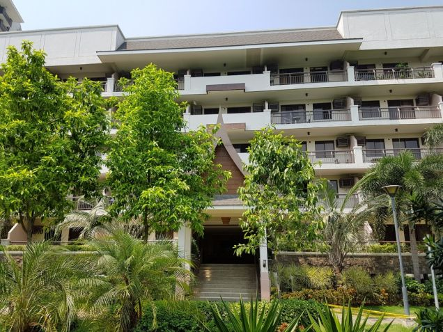 Taguig Condominium Royal Pam Residences 2BR unit near The Fort BGC - 8