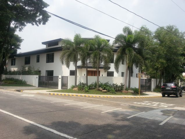 House and lot for lease at Ayala Alabang Village - 0