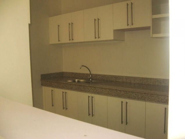 5-Bedroom BrandNew House for Office or Residential in Banilad Semi-furnished - 5