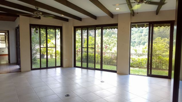 Spacious 4 Bedroom House for Rent in Maria Luisa Estate Park - 0