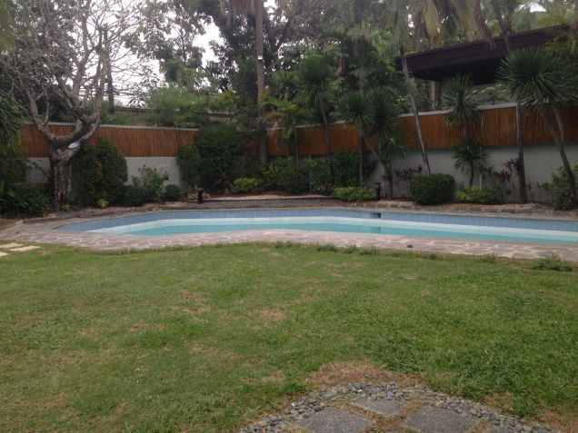 House and Lot, 4 Bedrooms for Rent in Dasmarinas, Makati, Eckhart Ang - 3
