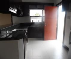 With Lap Pool, Bungalow House & Lot for rent in Hensonville Angeles City - 2