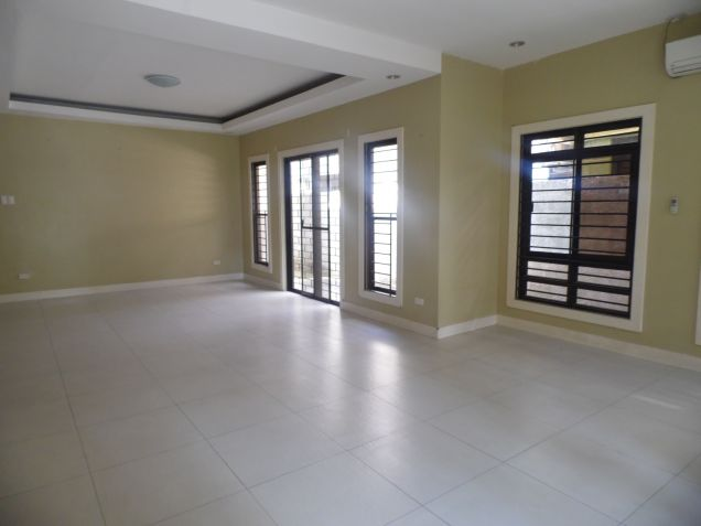 3 Bedroom Modern Bungalow House and Lot for Rent in Angeles City - 4