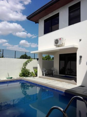 W/ Private Pool House & Lot For Rent In Friendship Angeles City Near CLARK - 0