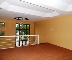 Town House with 4 Bedrooms inside a Secured Subdivision for rent - P35K - 7