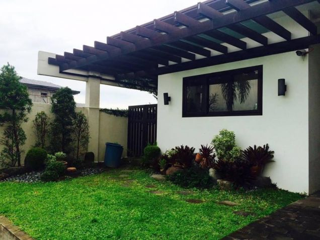 Furnished 3 Bedroom House and Lot with Pool for Rent - 2