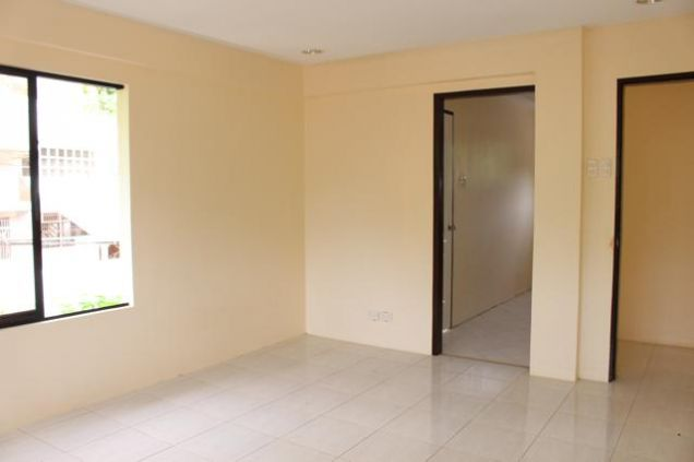 Brand New 4-Bedroom in Maria Luisa - 3