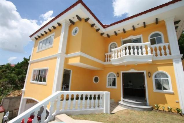 For Rent 5 Bedrooms House w/ Pool Overlooking City Banilad Cebu City - 0
