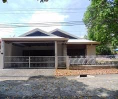 w/huge yard Bungalow House & Lot For RENT In Friendship Angeles City - 0