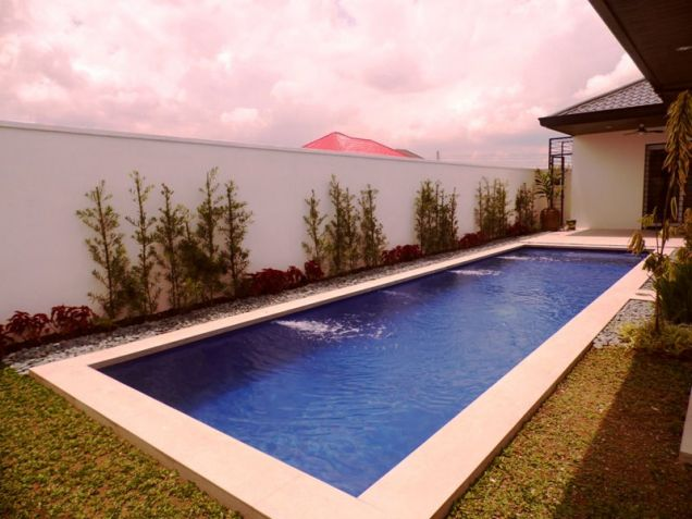 Bungalow House and Lot for Rent in Brgy. Amsic Hensonville Angeles City - 7