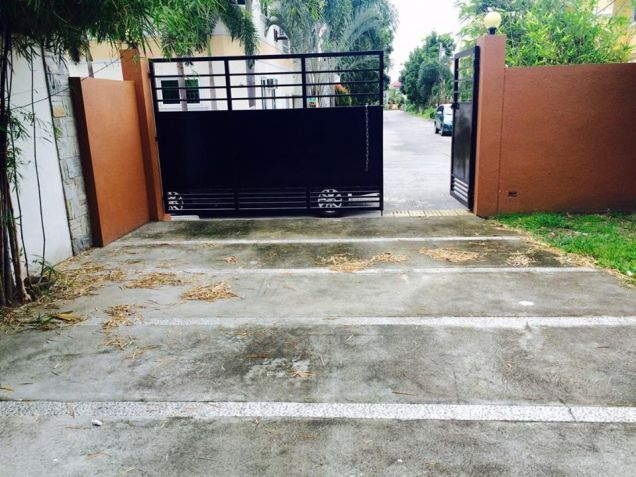 3 Bedroom Modern House and Lot  for Rent in Anunas, Pampanga, 110832231 - 1