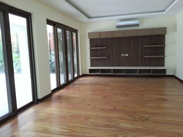 Modern Mediterranean Ayala Alabang House For Rent - 6