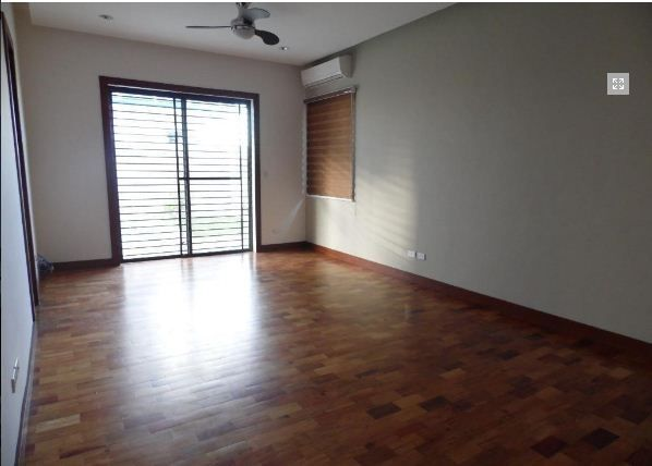 Spacious Bungalow House with Swimming pool for rent - 5