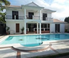 5 Bedroom w/pool house & Lot for RENT in Angeles City - 0
