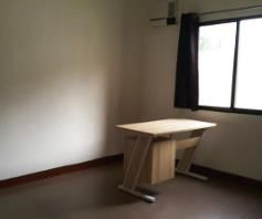 3 bedrooms for rent near SM CLARK ---- P 35K - 7