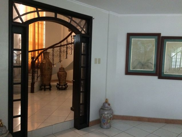 5 Bedroom Semi Furnished House and Lot for Rent in Angeles City - 1